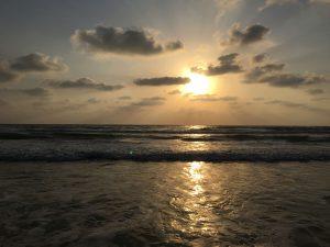 Tel Aviv Comedy Club - Coucher de soleil à Bat Yam